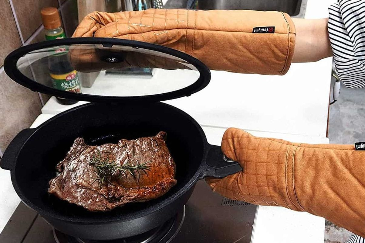 Best Mittens to Use With Your Wok